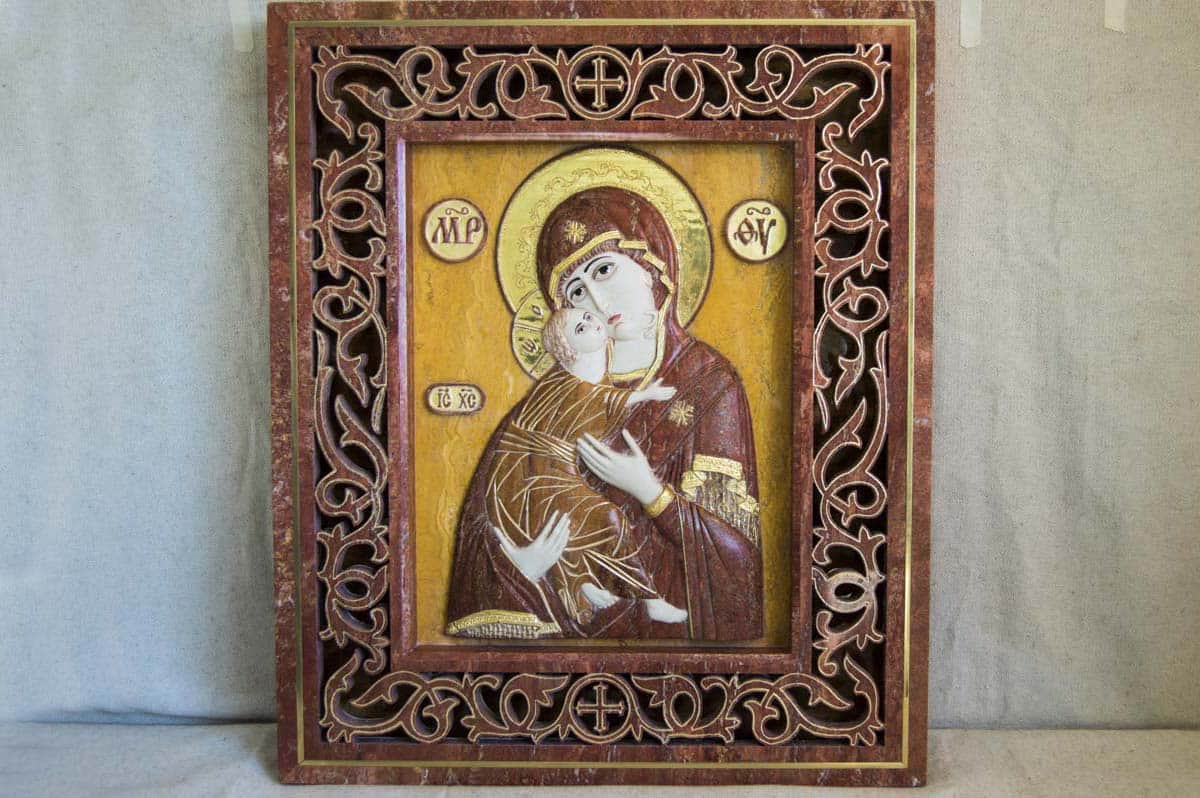 Икона Владимирской Божьей Матери из мрамора от Гливи