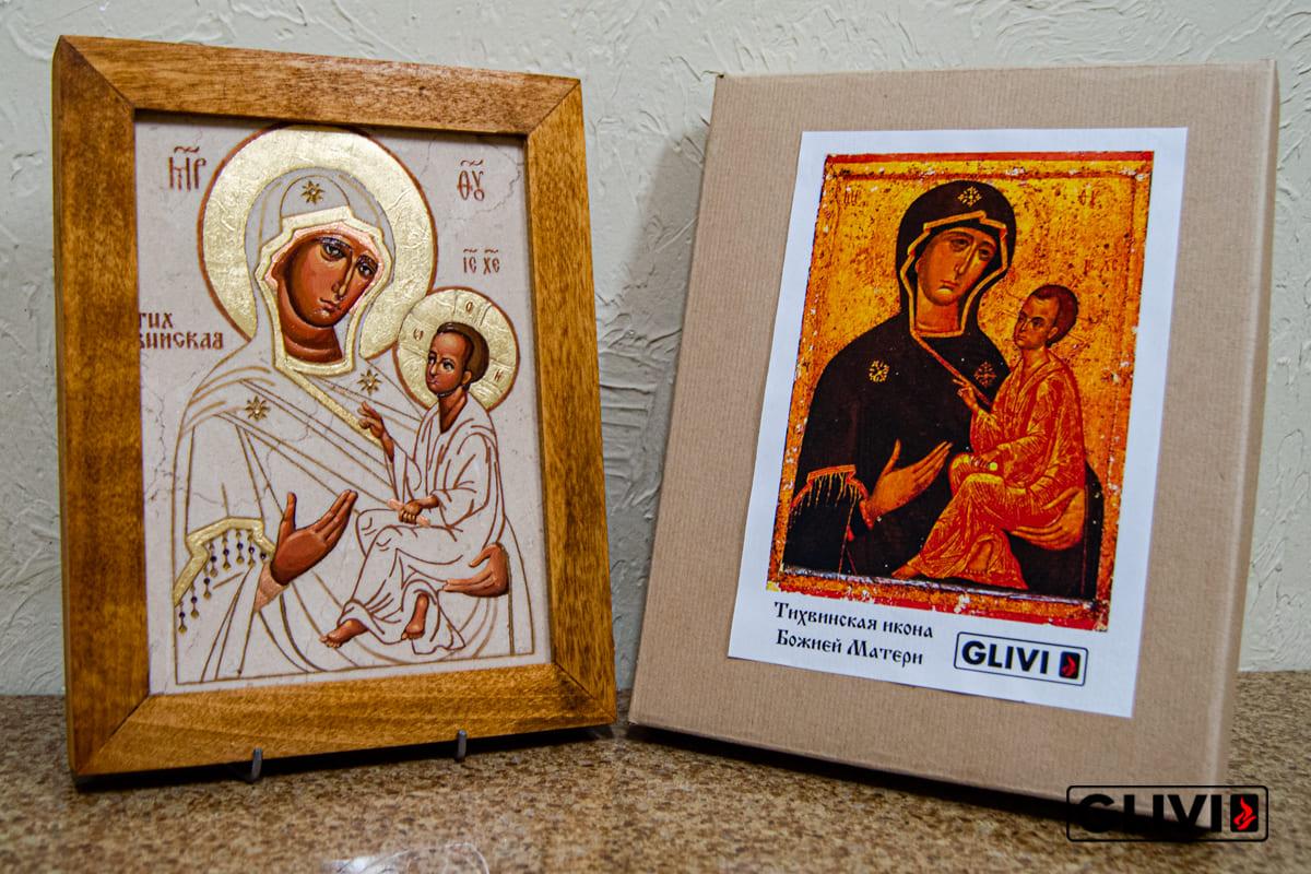 Тихвинская Икона Божьей Матери из мрамора от Гливи, фото сделано в салоне Гливи в Минске, изображение 5